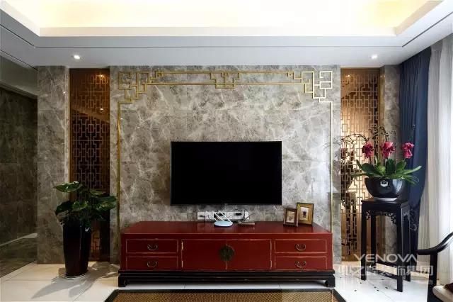 新中式风格的设计虽然拥有许多的古典元素,但是实用的材料全会现代化的材料。这样的设计运用了现代的材料和科学技术进行设计成功的,所以选择的装修材料应该尽量的与传统的古典元素形似。同时采用现代化的材料所体现的古典文化,也拥有了不同于传统古典文化的形式。
