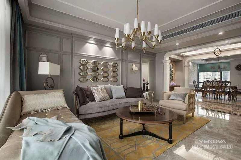 从简单的家具到繁杂,从整体到局部,每一处小细节都是非常精致的。