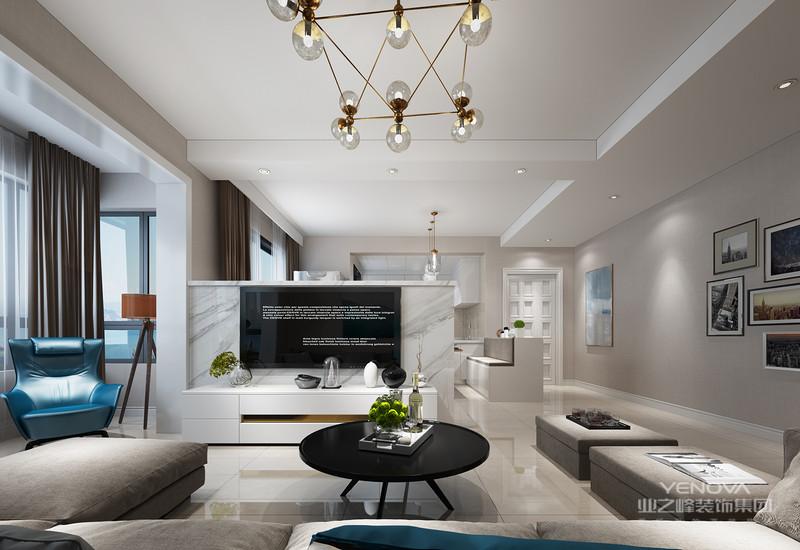 风格诠释:整个空间以白色和原木为基调,通过明亮的对比以及光线的运用,营造出极简恬适的居家风格,设计师在空间也对空间结构关系做了很大的调整,增加了半开放式厨房以及吧台,让客户在繁重的工作后可以在饮食上享受到生活的情趣。