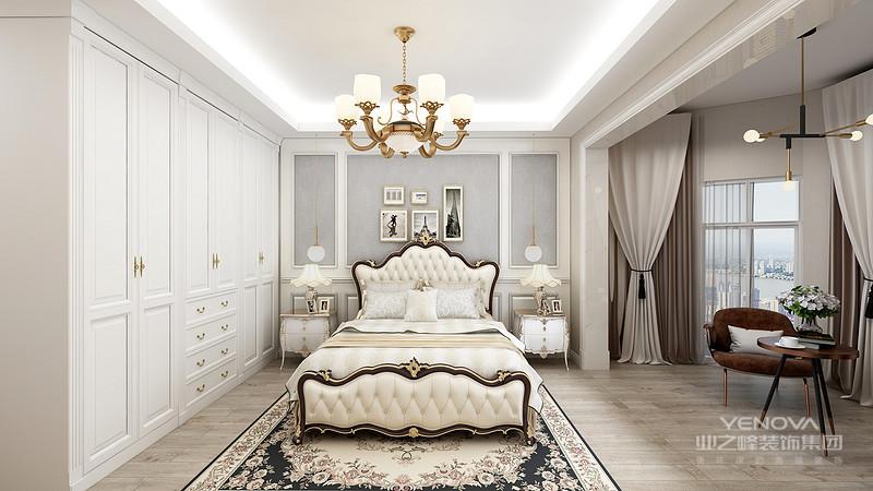 现代欧式的居室有的不只是豪华大气,更多的是惬意和浪漫。通过完美的曲线,精益求精的细节处理,带给家人不尽的舒服触感,实际上和谐是欧式风格的最高境界。同时,现代欧式装饰风格最适用于大面积房子,若空间太小,不但无法展现现代欧式装饰风格的气势,反而对生活在其间的人造成一种压迫感。当然,还要具有一定的美学素养,才能善用欧式风格,否则只会弄巧成拙。