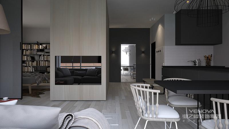 结合沙发的简约之美,更显现客厅的线条美,柔顺的视觉感给予了人一种柔和舒适。