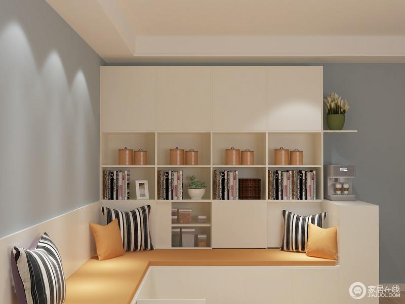 开放格、抽屉、柜体等大量空间满足高频使用者们的储物需求,舒适而具有实用性。