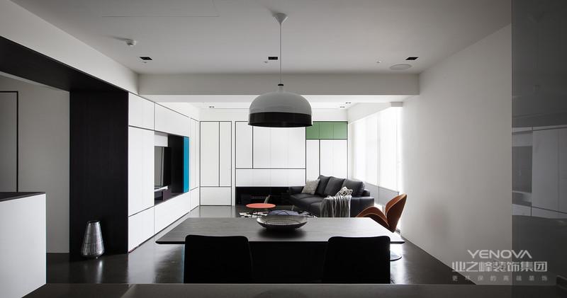 """北欧简约风格的设计追求天然雅致、简单清爽,对于材质、色彩的质感要求很高,在色调上通常以浅色系为主。北欧风格以简洁著称于世,并影响到后来的""""极简主义""""、""""简约主义""""、""""后现代""""等风格。在20世纪风起云涌的""""工业设计""""浪潮中,北欧风格的简洁。"""