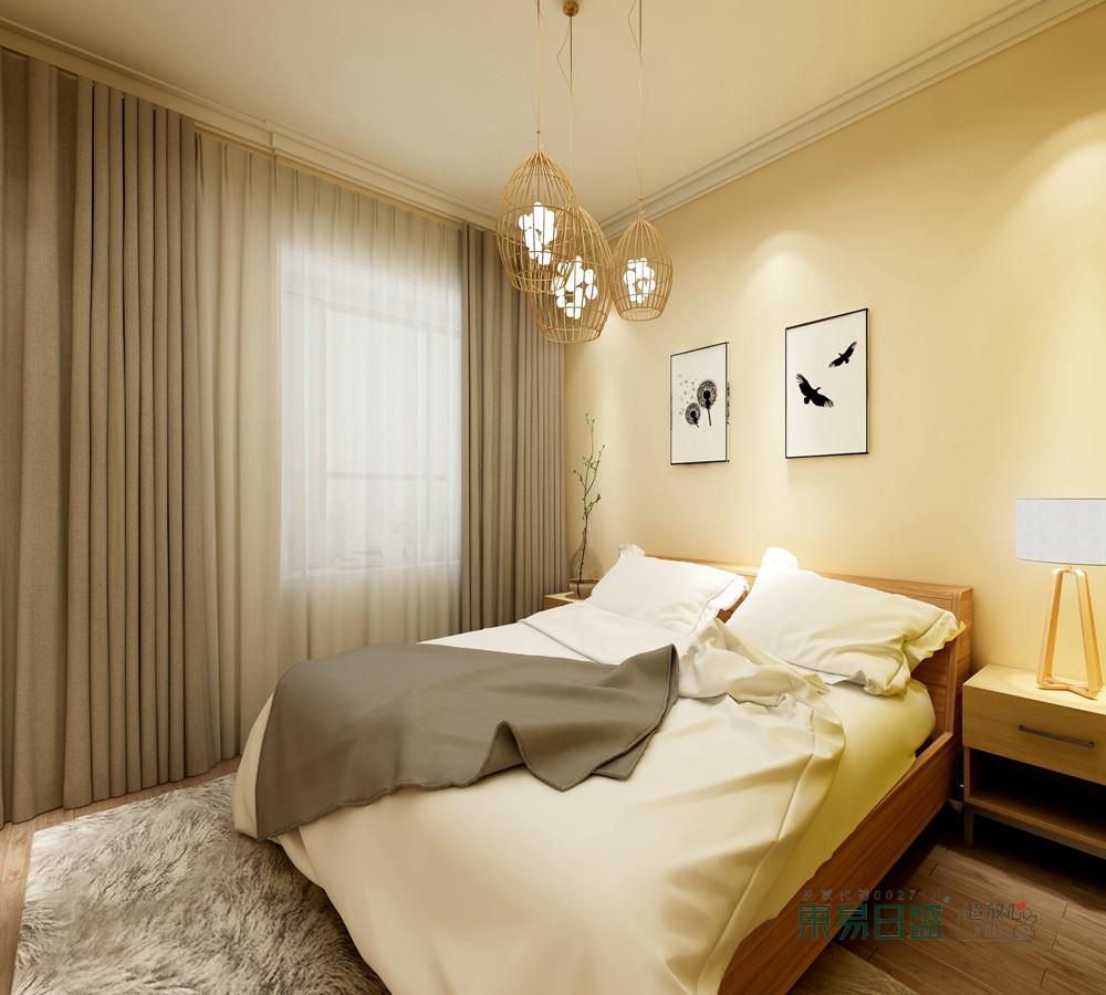 卧室因为绿色漆渲染得十分和暖,而驼灰色窗帘巧妙与之构成色彩庄重;绿植和竹制台灯上演了自然的朴质美学,不露声色地与实木家具形成搭配,让家温馨。
