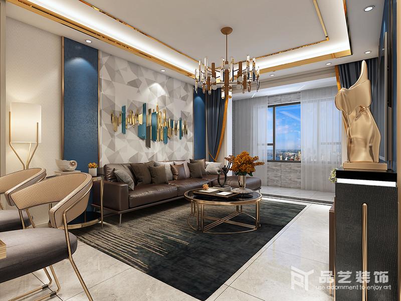 客廳結構規整,但是選材較為用心,金屬邊框與燈帶交織著,讓空間多了閃耀,搭配金屬吊燈和黃銅圓幾,滿是輕奢;灰白幾何板材鋪貼在藏藍色的墻面,素雅而多變;而咖色皮質沙發搭配黑綠色線條地毯造就老舊和成熟,便讓生活多了份厚重感和品味。