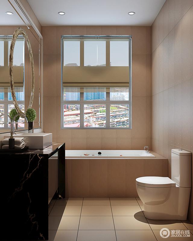 卫浴间虽然面积不大,但是应主人的要求,为其设计了一款矩形浴缸,硬朗的棱角设计与米色的砖石形成现代大气,不妨尽情沐浴;而黑色大理石台面的盥洗柜与白色盥洗盆以黑白大气,张扬着简约,镜子的几何线条,丝毫不影响通透度。