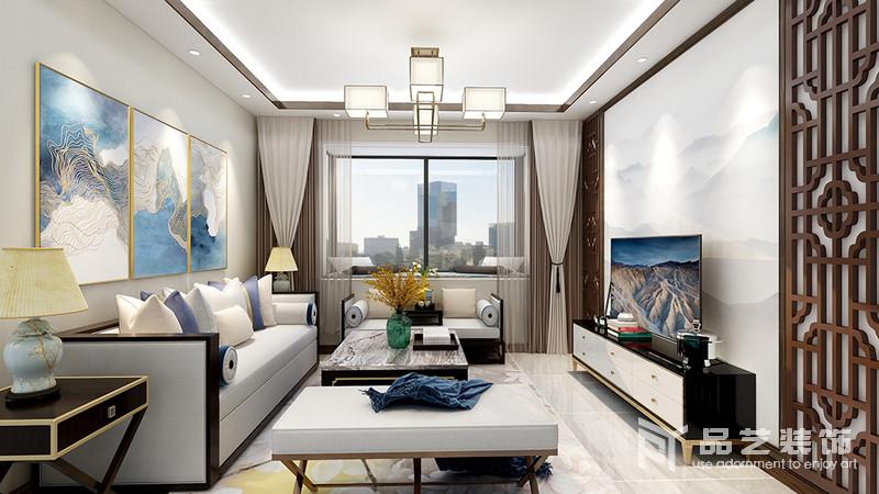客廳的吊頂以燈帶和金屬幾何吊燈組合的形式,讓空間通明;中性色的窗簾搭配淺灰色新中式沙發,素雅而得體,彩色掛畫和新中式家具增添了不少色彩,與窗欞背景墻屏風,成就了空間的東方新雅。