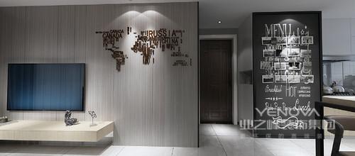 门厅看似狭小,但是设计师将收纳柜与黑板墙形成黑白互动,英文字充满了朝气蓬勃,让空间多了格调感。