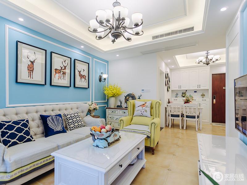 原本利落整洁的空间线条,因为蓝色漆粉刷背景墙多了优雅,开放式的空间功能区明确,有条不紊地利用了空间,丝毫没有浪费;田园风的玄关柜上摆件和花器点睛的设计,给予空间艺术的生机,同时,再加上软装布艺的陪衬,让空间不失色彩。