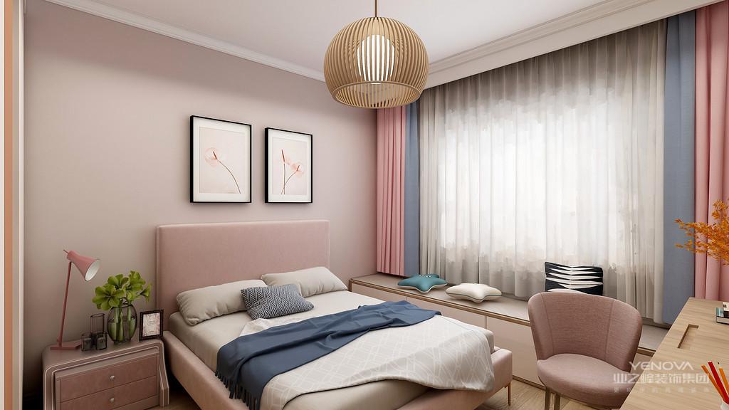 现代都市生活节奏快,压力大,因此很多年轻人在家庭装修风格上更加青睐日式风格装修。日式风格设计不仅崇尚简约自然,设计细节之处也更加细致和精致,对空间的利用也更加充分,实用性更强。简单来说,现代日式风格装修的主要设计特点可以概括为以下三点:实用性强、装修风格独特和材料自然环保