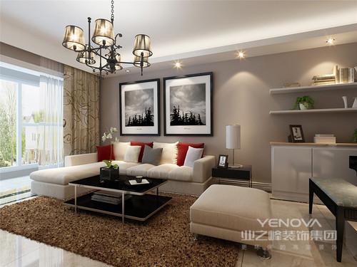 客厅的沙发墙以灰色塑造沉稳,黑白色调的摄影作品和白色悬挂架以摄影美学和实用哲学装饰出现代大气;米色沙发柔软舒适,红色靠垫点缀出热情,而黑色边几带着庄重,与白色收纳柜塑造现代生活的温馨。