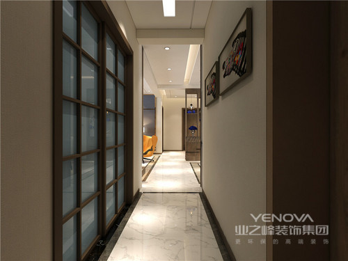 整体功能性比较齐全,在规整的现代线条基础上,设计师借中性色来粉刷空间,让每个空间在冷暖之间平衡出生活的温馨;结构上并未做改动,而是在客餐厅相连的前提下,延展性了空间,让空间与空间之间形成互动,增加通透性又不失格调。当然了在实用性上,借实木家具嵌入的方式发挥了空间的实用性,也为客户解决了空间浪费的问题,并通过家具、饰品提升空间的艺术格调,让其更为精致。