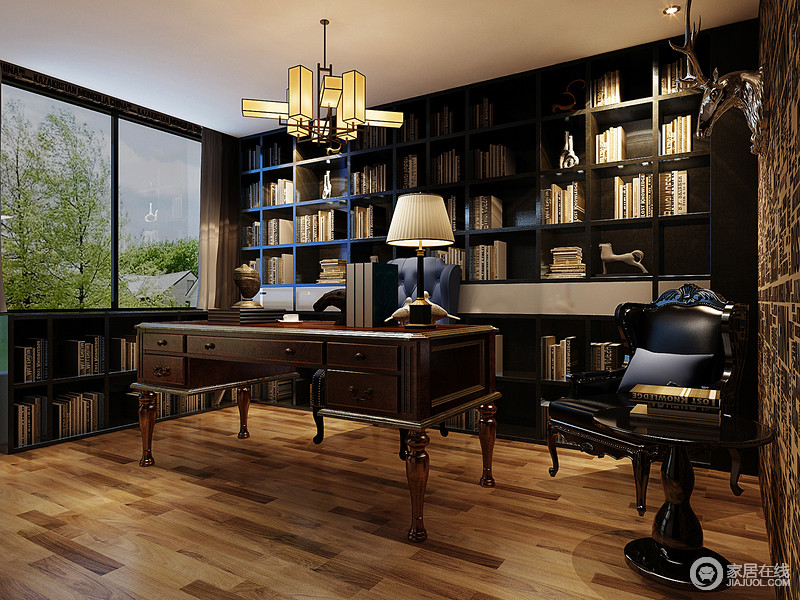 书房以原木地板和新中式吊灯来营造暖意,定制的几何书柜和落地书柜极具功能性,却因为几何的造型让空间多了文艺气息;虽然墙面铺贴了字母壁纸,却略显复古,新古典书桌及座椅带你体味奢华背后的舒适和与众不同。