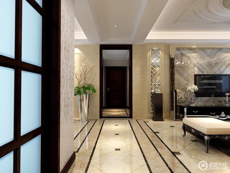 走廊和吊顶,客餐厅得到了有效的划分,让原本的空间更有区域性;吊顶的矩形设计搭配地砖的几何造型,规整而不失大气,再加上米色调的渲染,空间温和了不少。