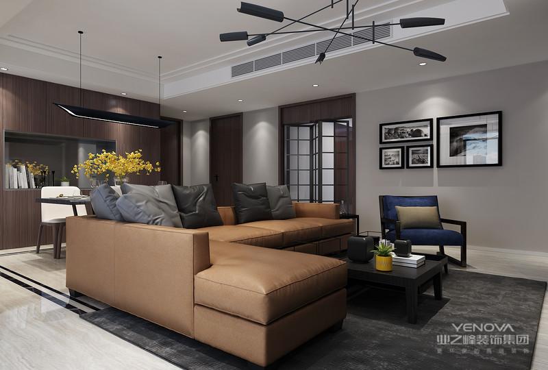 人们装修时总希望在经济、实用、舒适的同时,体现一定的文化品位,而现代港式风格不仅注重居室的实用性,而且还体现出了工业化社会生活的精致与个性,符合现代人的生活品位。现代港式风格在处理空间方面一般强调室内空间宽敞、内外通透,在空间平面设计中追求不受承重墙限制的自由。墙面、地面、顶棚以及家具陈设乃至灯具器皿等均以简洁的造型、纯洁的质地、精细的工艺为特征,强调形式应更多地服务于功能。实用性将是未来家庭装修的发展趋势,而简洁和实用正是现代港式风格的基本特点。
