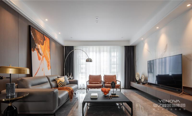 现代简约风格的设计中颜色的搭配也是一个重要因素,不同的颜色搭配能够营造出不同的装修风格,同时现代简约风格的设计也有适用的色彩搭配。可以选用硬朗的红色为主色调,可以在整体居室环境中采用红色的地板铺贴,在加上蓝白相间的窗帘,与地面的红色形成鲜明的对比,同时家具和天花板、墙面都采用白色,使得空间中的设计相得益彰。