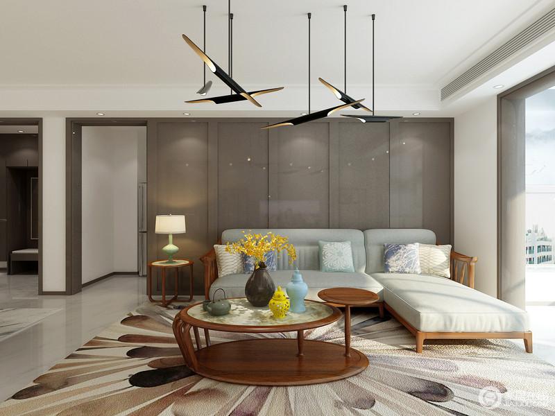 整个客厅十分规整,白色的吊顶与灰色背景墙形成对比,浅蓝色新中式实木家具组合,以现代朝气与东方端庄,成就空间的温和儒雅。
