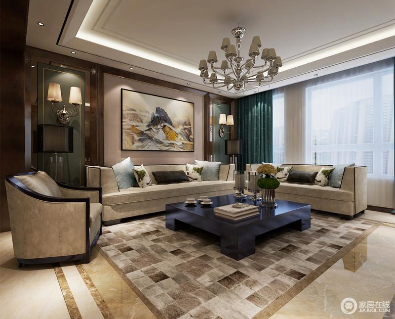 客厅运用了沉稳大气的中性色,利用米黄、灰驼色的低饱和度,营造出内敛成熟的空间气质;沙发墙和窗帘及搭配在沙发上的靠包,则用不同色彩的蓝绿清雅调剂平衡,为空间增添一份舒展写意的情调。