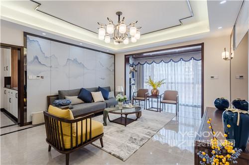 客厅简洁地线条格外规整,从沙发背景的墨意,到浅蓝色窗帘的田园设计,整个空间十分轻盈;新中式沙发和现代单椅的个性搭配,让空间不失新古优雅。