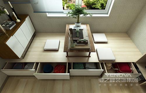 榻榻米定制得设计兼具了休息榻床和收纳柜的作用,解决了功能性问题;而定制柜的设计搭配花器,让生活多了分禅静。