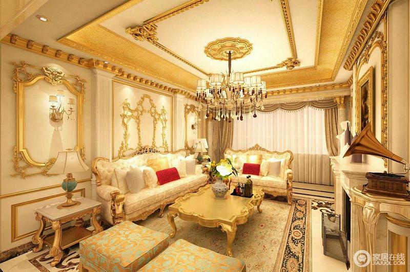 欧式风格装修最大的特点是在造型上极其讲究,给人的感觉端庄典雅、高贵华丽,具有浓厚的文化气息。在家具选配上,一般采用宽大精美的家具,配以精致的雕刻,整体营造出一种华丽、高贵、温馨。
