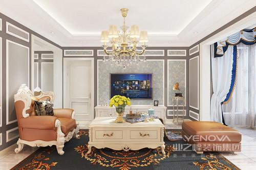 以蓝色调为主的餐厅,墙面以护墙板为主,局部用清爽的蓝色做点缀,将低调有内涵的气质展现的淋漓尽致,巴洛克的餐桌和餐椅更加渲染了餐厅的复古