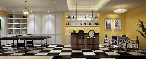 在这个休闲室中,设计师以明黄色粉刷墙面,与嵌入式白色收纳柜呈纯净明快,简洁中蕴藏着摩登;悬挂架陈列着不同的藏酒,与美式格调的吧台、吧凳在现代烛台灯的渲染中更显多趣;黑白色地砖以摩登扫去了沉闷,让休息区和休闲区带着时尚,玩味出不一样的生活。