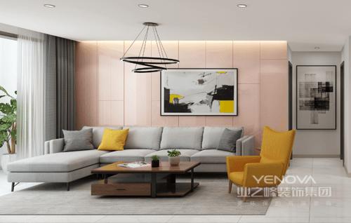 以淡雅色调为主的客厅,背景墙为淡色茱萸粉的护墙板,挂画局部亮丽的柠檬黄点缀了墙面,将轻奢的气质展现的淋漓尽致;茶几实木质地,带着质朴帮你解决了客厅的收纳,浅灰色沙发搭配橙黄色扶手椅简洁之中,透着舒适感和简单大气。