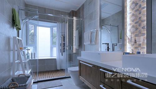 卫生间的设计,使用了很多现代化实用的装置。