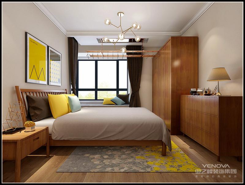 """新中式风格的空间装饰多采用简洁硬朗的直线条。直线装饰在空间中的使用,不仅反映出现代人追求简单生活的居住要求,更迎合了中式家具追求内敛、质朴的设计风格,使""""新中式""""更加实用、更富有现代感。"""