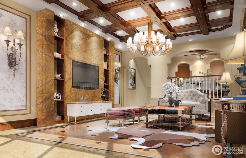 实木结构梁柱的几何造型与拱形墙体结构丰富了空间的建筑美,而黄岩石的电视墙以色彩的明朗和质感愈添自然之情;曲线感的家具以木材和布艺不同的造型发挥着自身的功能性,表现出独特的韵味。
