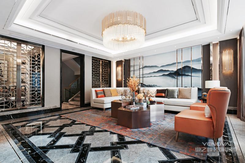新中式风格的家居环境设计应该是中国传统文化与现代生活需求相结合的表达。虽然现代许多人都追求西方的新型的设计理念,但是还是有许多人传统的中国元素的喜爱,但是照搬传统的中式设计,会让整体的设计略显古板、沉闷,所以为了迎合现代人对于现代化的设计,同时加上对于古典文化的喜爱,就创新的设计出了现代化的设计理念与传统的中国元素相结合的新中式装修。