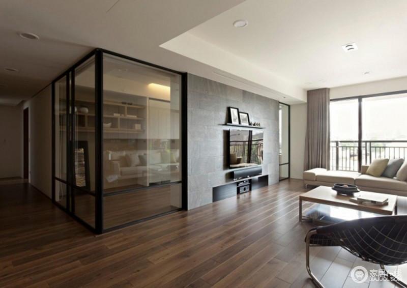 整体空间采用面妆的设计,从吊顶、背景墙到玻璃休息室,都在以不同的形式,讲述空间的功能性和美观性设计,简洁之余,凸显出简约的生活主张,即实用与舒适为一体。