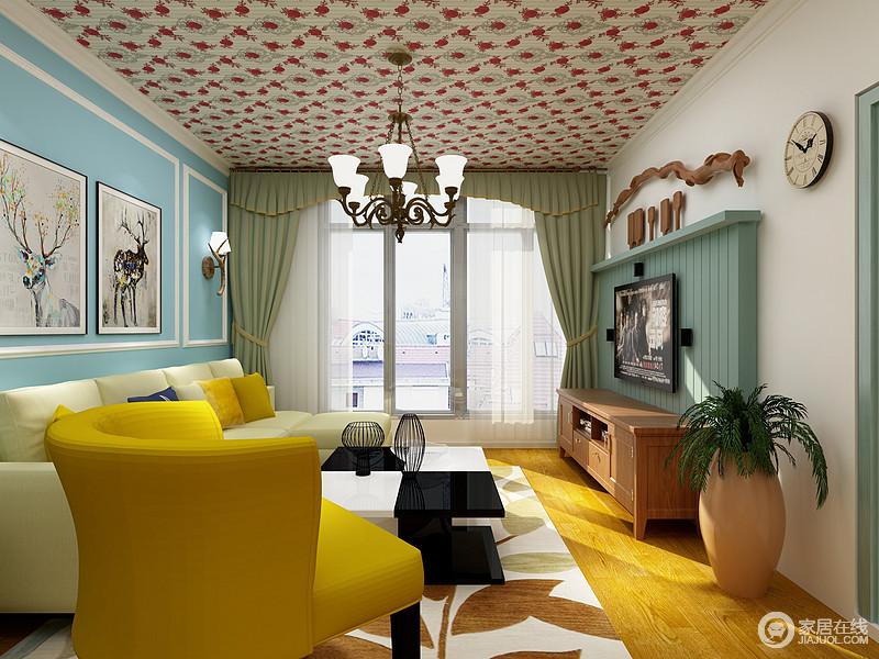 客厅好像一个幻色的空间,给人带来一种色彩的魔幻,从蓝色背景墙麋鹿挂画到树叶状的地毯,给人一种田园的自在感;红色扶手椅搭配黑白色茶几无疑,给空间带来时尚。