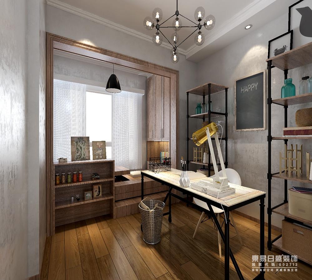书房通过改造阳台,来做以空间分区;阳台利用地台式榻榻米结合两侧收纳墙面,增强空间的休闲实用性;对称的书架和书桌,则选用工业风的铁艺实木材质,两种格调的融合,巧妙且和谐。