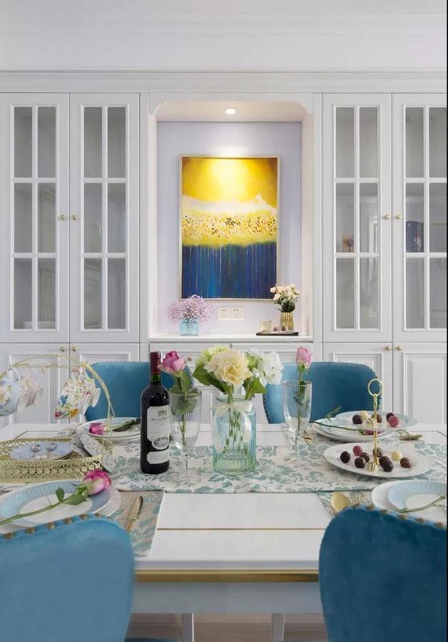 优雅细致的餐具布置,生活需要一些仪式感。