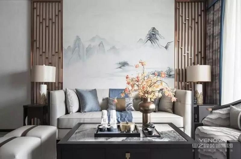 新中式风格对于古老的中式风格,它的功能性在不断地演变进化。同时新中式风格在形式基础上进行了改造,让使用更加舒适。同时也让家具的实用性更显多样化。