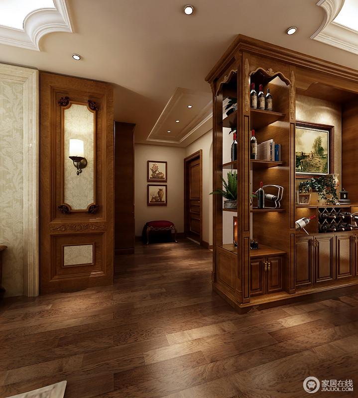即使空间的走廊或者角落设计师都没有忽略,而是以整体设计风格让空间更为不凡;走廊里的画作、粉色坐凳给你一份典雅和放松,而石膏吊顶与木柜之间的交错,让生活满是温馨。