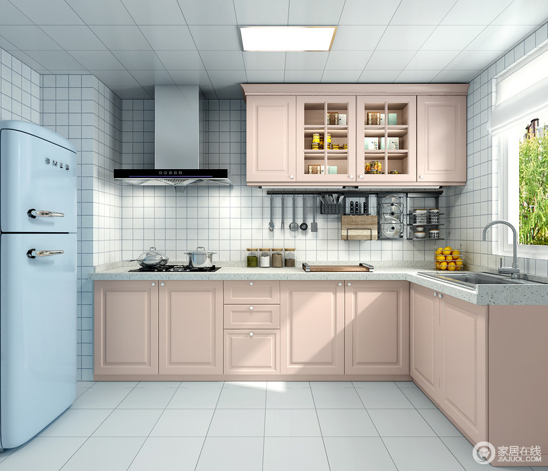 厨房橱柜统一采用古典式柜门,整体选择粉色系,简洁又干净,白色的墙砖让厨房空间看起来更加宽敞明亮一些,整个空间的氛围让紧绷的情绪得到舒缓。