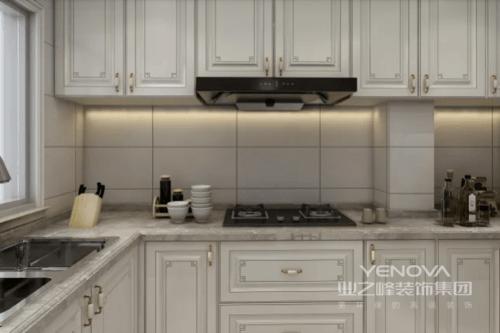 开放式厨房的设计,户主取消餐桌及考虑吧台异型处理,满足用餐的同时,功能性十足。