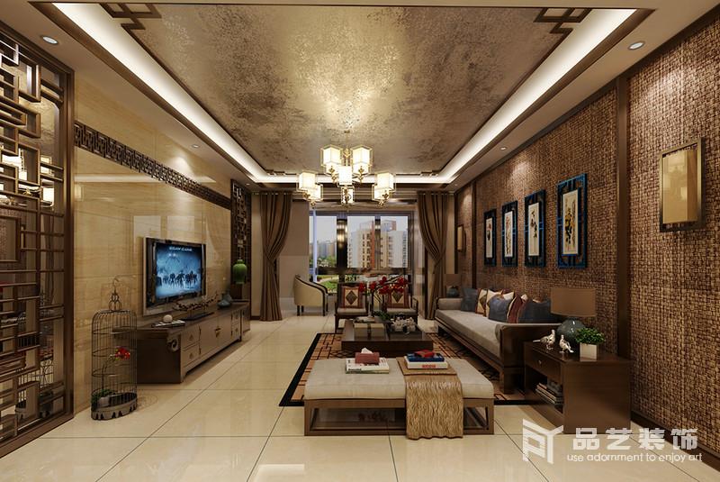 整個墻面以編織的掛毯來裝飾墻面,與金箔吊頂形成不同的效果,而背景墻的鏤空隔斷搭配中式家具,加重了空間的東方意蘊,讓空間足夠大氣。