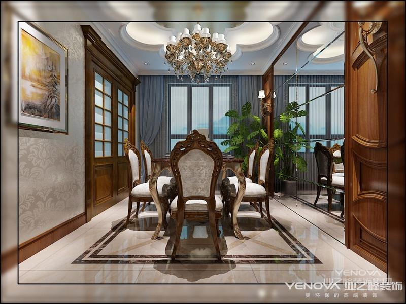 简欧风格的家具更加青睐丝质面料的布艺,保留了欧式风格的精髓,自成一格的特色,更容易接受。