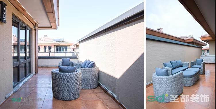 特别设计的休闲阳台,周末的时候,夫妻俩在休闲露台看看书喝喝茶,也能享受二人空间。