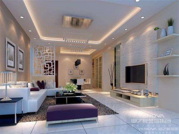 现代简约风格是以简约为主的装修风格。简约并不是缺乏设计要素,它是一种更高层次的创作境界。在室内设计方面,不是要放弃原有建筑空间的规矩和朴实,去对建筑载体进行任意装饰。而是在设计上更加强 调功能,强调结构和形式的完整,更追求材料、技术、空间的表现深度与精确