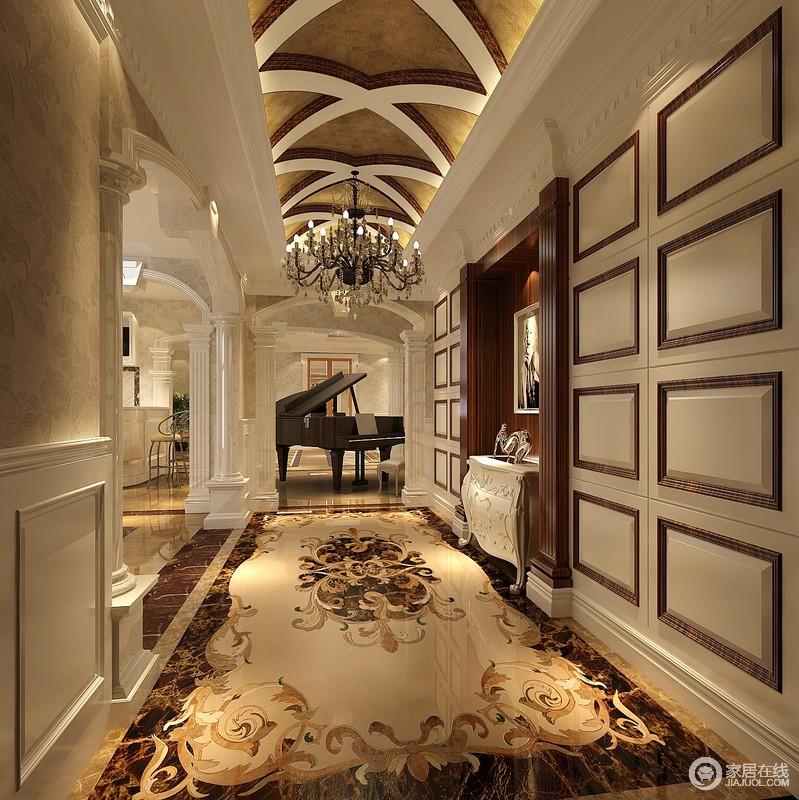 门厅,设计师用拱形的吊顶即显得宽广,又气派