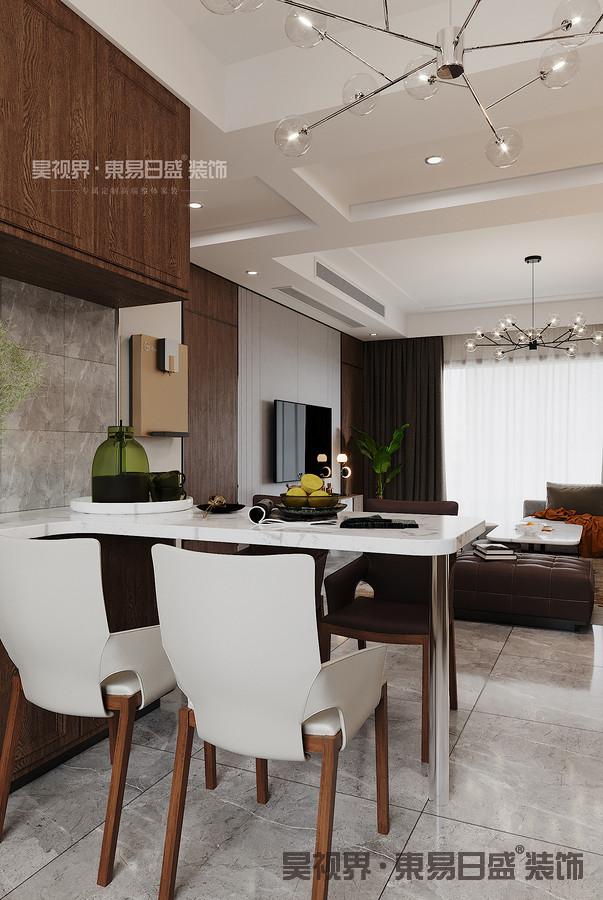 原结构厨房较小,餐厅位置尴尬,在确定厨房墙非承重的情况下,选择打开了餐厨空间,使场景南北通透。