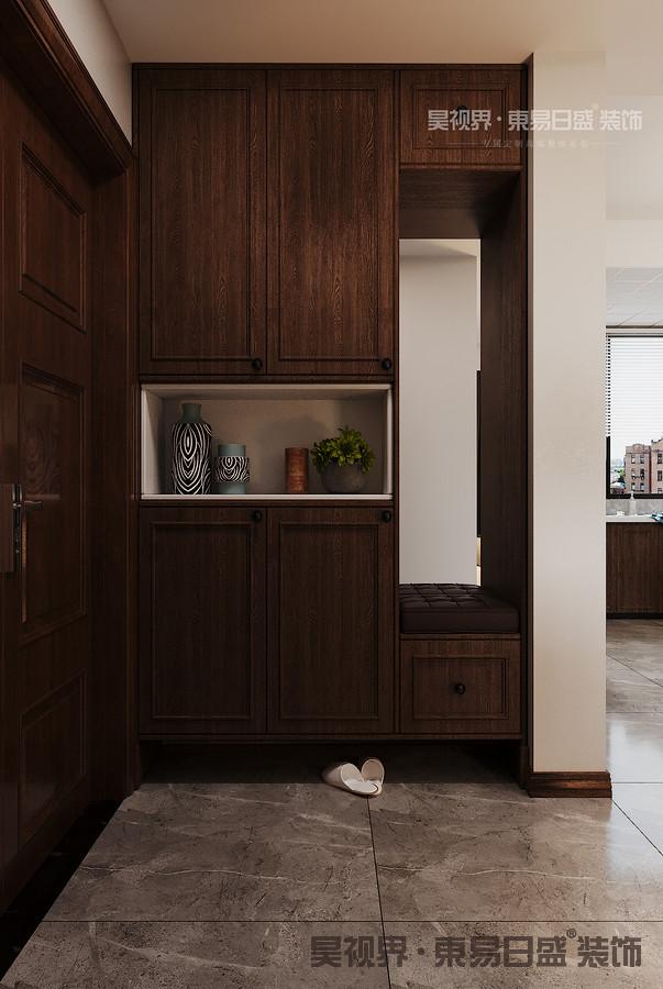 整体空间简约但不简单,营造了充分的舒适感,在墙面颜色为暖色的情况下,地面选择了冷色调,冷暖相撞,相得益彰。