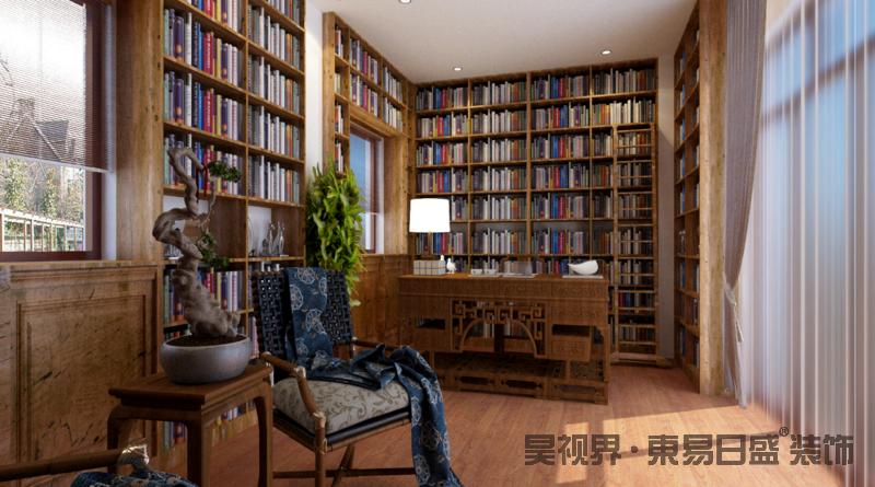 """整个书房并没有太多繁复的线条,平面吊顶结合射灯提供照明;设计师借窗户将书柜作定制化设计,让书墙成为空间的一大特色,可谓""""书香浓郁"""";主人久藏的书桌和木椅让阅读时间更富东方雅意,而休息区的木椅和博古台,给予生活一份雅意。"""