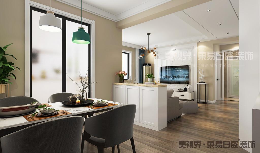 餐厅更多的利用直角线条打造出美感,简单搭配就有了这个实用与美观并存的温馨之地。 长条浅色餐桌与吊灯相呼应,整体的设计独特又有创意。