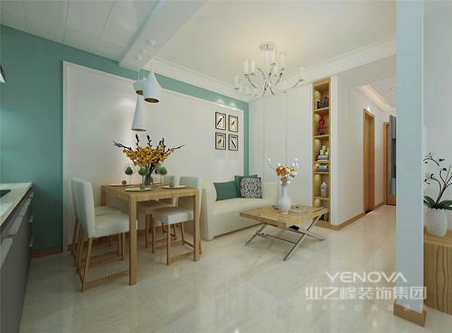 为了改变空间的单调,设计师将墙面以蓝白为底,客餐厅依据设计主题,通过原木家具设计了一个现代、田园意境,吊灯极具个性,不同的形状将光芒汇聚在餐厅,记忆着每个相聚时刻。